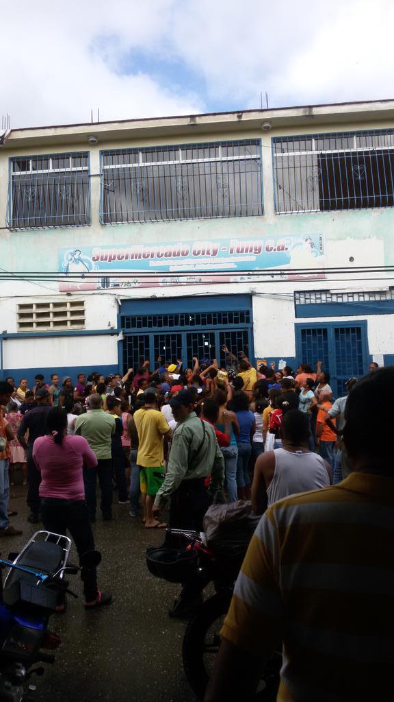 Gobierno de Nicolas Maduro. - Página 23 B6riD1LIcAA7hOQ