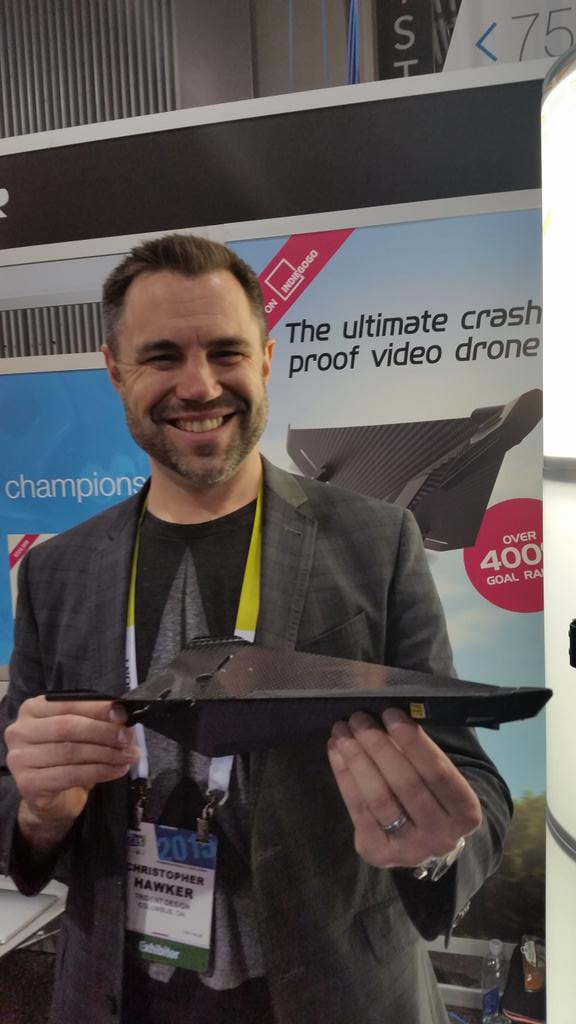 Hot at ces - carbon flyer - the ultimate crash proof drone #ces2015 #gogoces http://t.co/qXXohK4TKo