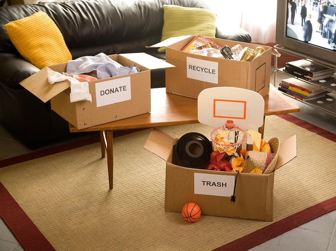 "Crack down on clutter. Sort into boxes labeled ""Trash,"" ""Recycle"" or ""Donate"" & start chucking.http://t.co/3ZkYC9Dmth http://t.co/Lm3Jwn8xVa"