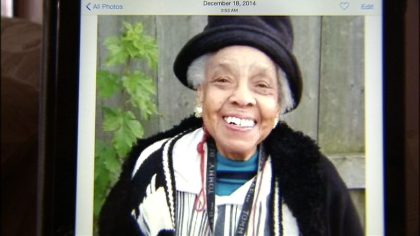 MISSING: 85-y/o Henrietta Pearson since Dec. 15. Children ask public for help, per @Fox2Ingrid http://t.co/J5fCCCrv5L http://t.co/ktJIUT68l4