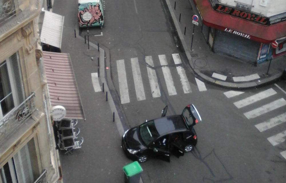 Alerte Paris 07/01/15 - Vigipirate Max B6v7VYfCIAAOtjN