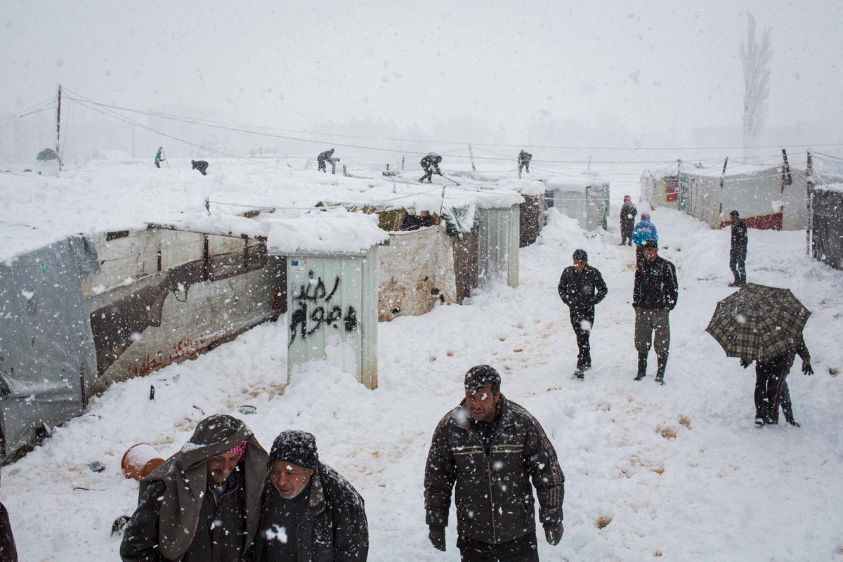 MT @mcconnellandrew: Lebanon's Bekaa blanketed in snow this morning affecting thousands of #Syria-n #refugees http://t.co/ozy3Ng9XM5
