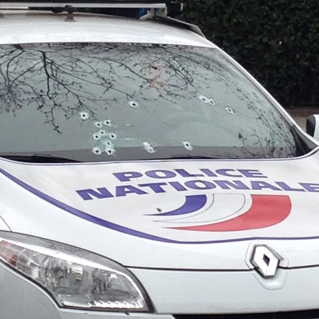 Alerte Paris 07/01/15 - Vigipirate Max B6vknhbIcAIHHwn