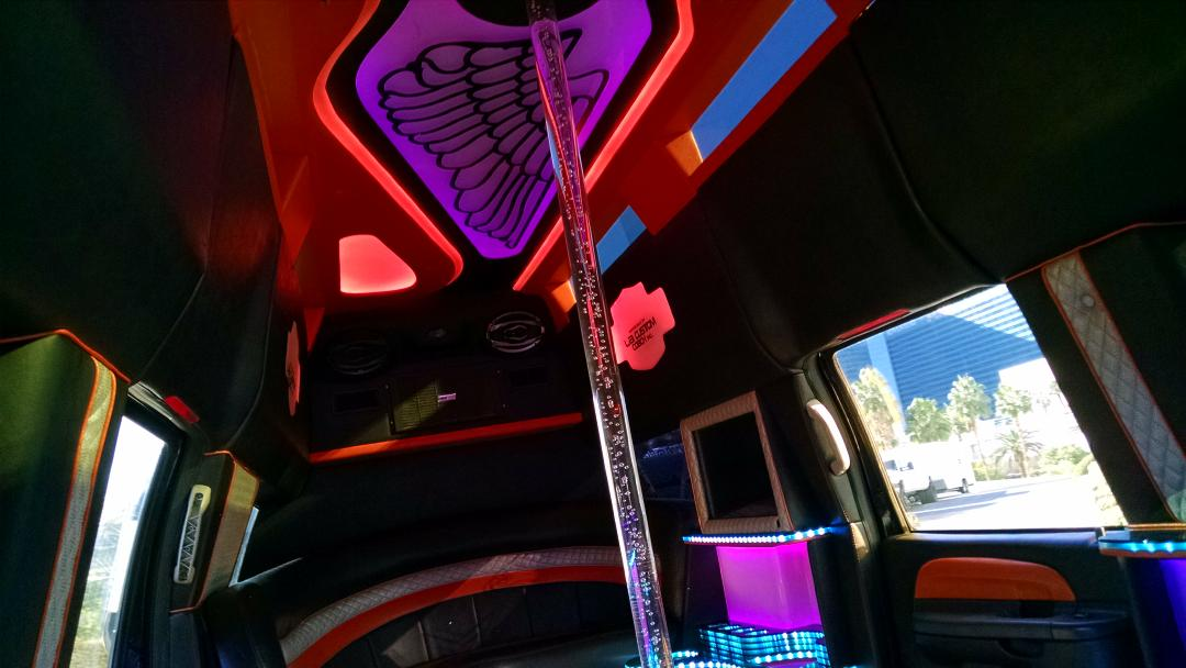 My Limo has a stripper pole in it. How's your morning. #ijustbeatces http://t.co/ZCFIq6R4fP