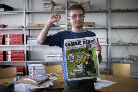 RIP #CharlieHebdo staff who paid w/ their lives for defending freedom of the press we all benefit from. True heroes. http://t.co/GaCJIjywSo