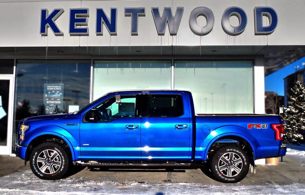 Kentwood Ford On Twitter How Gorgeous Is This Blue Flame Metallic 2017 Fordcanada F 150 Xlt 4x4 Fans