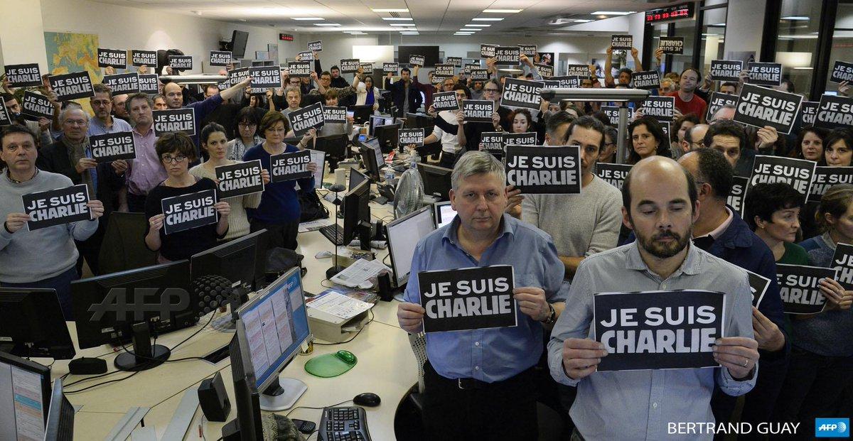#JeSuisCharlie L'hommage des personnels de l'AFP http://t.co/ahWlmB2iQX #AFP