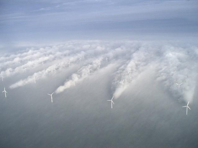 Denmark sets world record for wind power production http://thkpr.gs/3608898   (No other photo information in Tweet)