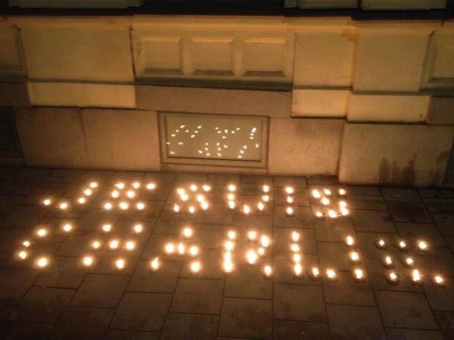 Message of solidarity, due to the attack on Charlie Hebdo, outside the Embassy of France in Stockholm. #JeSuisCharlie