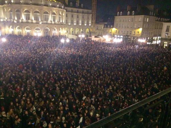 There seem to be quite a few people in France who regard free speech as worth defending. #JeSuisCharlie http://t.co/pmsc6NcywA