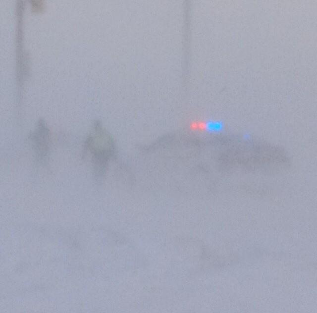 I don't envy #OPP officers in these blizzard conditions in SW Ontario. Thanks for your hard work. #squalls #onstorm http://t.co/EKRtsqarCi