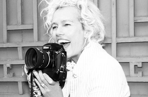 Ellen von Unwerth is the @GoldenGlobes' official @Instagram photograph...