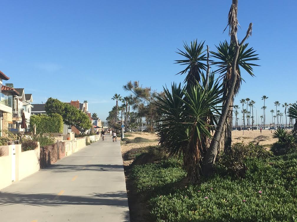 Tonight: Friends. Newport Beach. Taco night!  I'm loving my time here w/ #Aramark in the #A2L Program. #dayinthelife http://t.co/pSUg7Xerfc