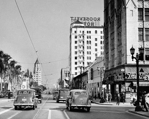 Hollywood Boulevard circa the 1930s #tbt #Hollywood #history http://t.co/6IM01WkmSk