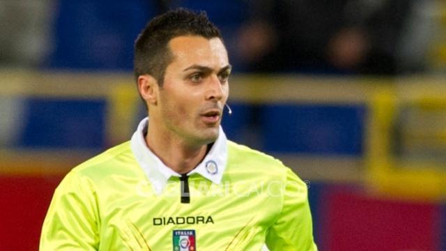 Scandaloso l'arbitro Di Bello a Roma: fischia al 113' un calcio di rigore inesistente