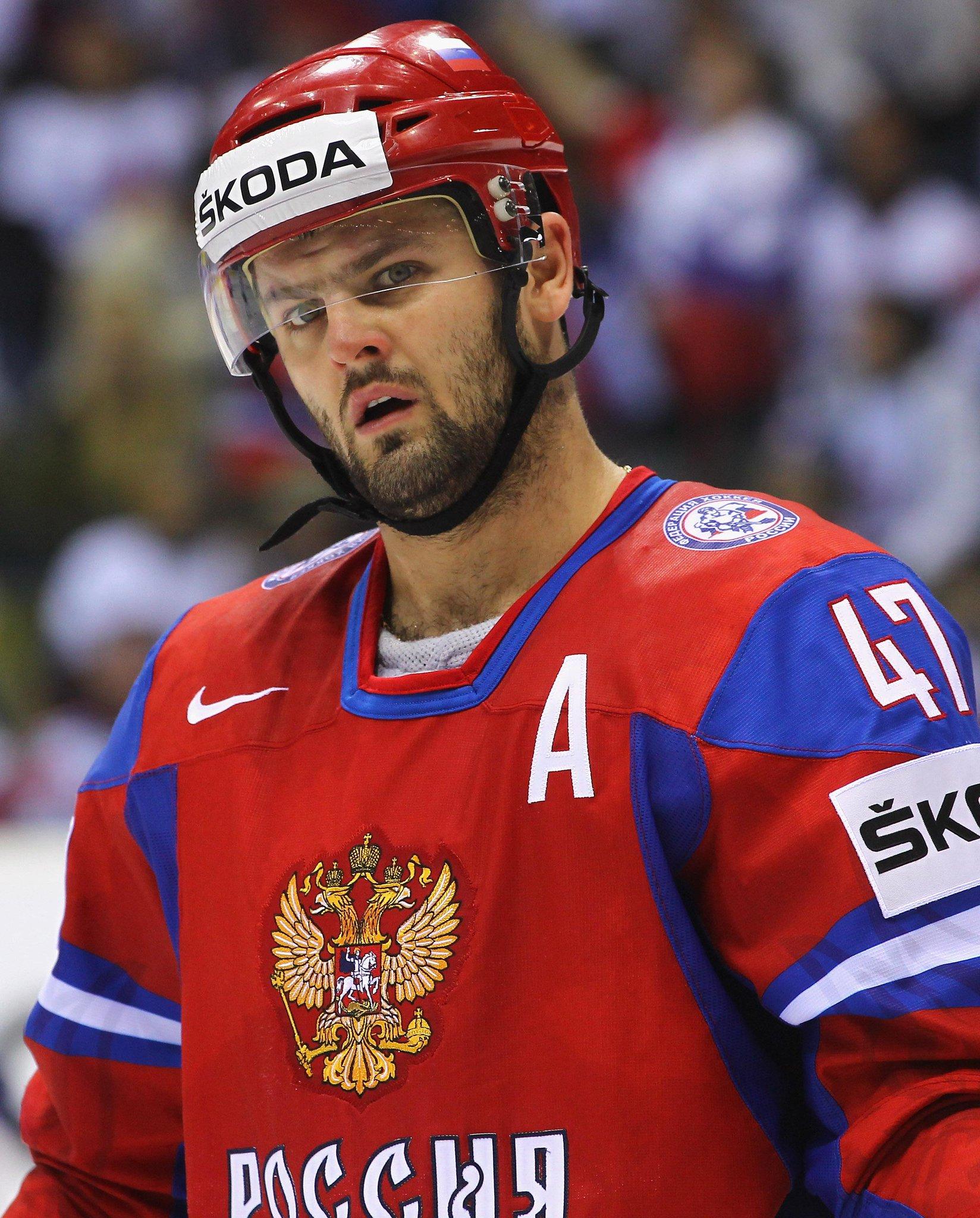 хоккеисты россии фото с именами остается только периодически