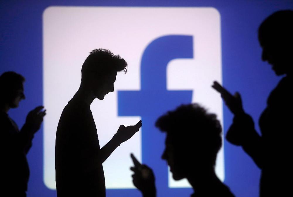 Lavoro: licenziati a causa di Facebook
