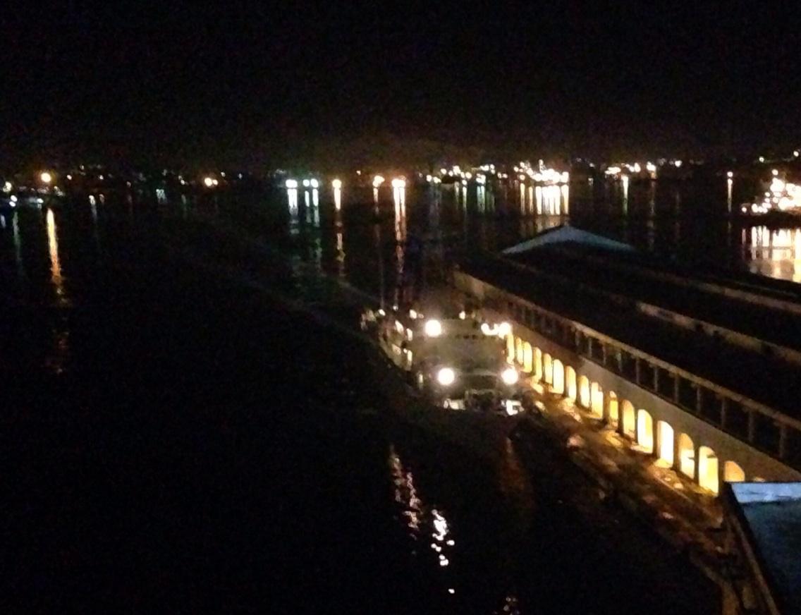 Cuba at a cross roads: As US prez calls for lifting embargo, Russian spy ship docks in Havana. #CNNSOTU http://t.co/meVVa6Ty1w