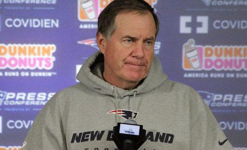 """Bill Belichick vows """"swift justice"""" for whoever failed to deflate 12th football - http://t.co/YqQDD4cuoV http://t.co/LtAlRuvi0Q"""