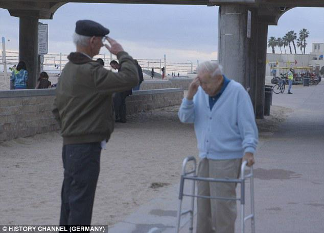 Holocaust survivor salutes American soldier who liberated him from Nazi concentration camp http://t.co/RU4gPQt6cG http://t.co/8NmUMxa1v2