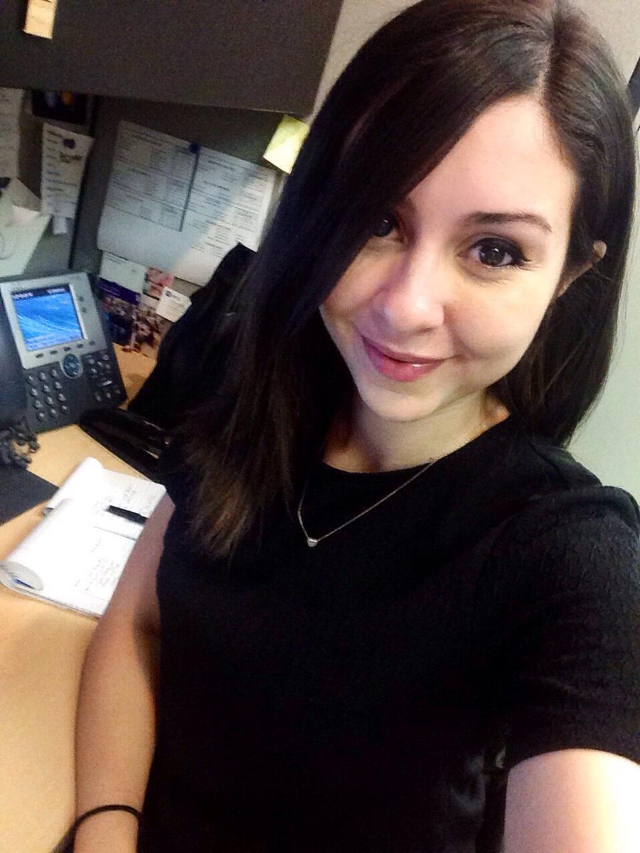 For an #Aramark #dayinthelife right on the #NYU campus, meet Lauren, Marketing Assistant for @NYUDining http://t.co/7qGBEAXlPD