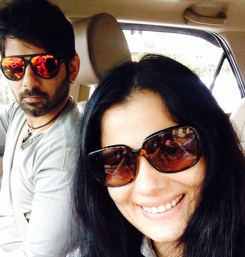 """Sikandar Kharbanda on Twitter: """"#selfie with wifey ;-) http://t.co ..."""