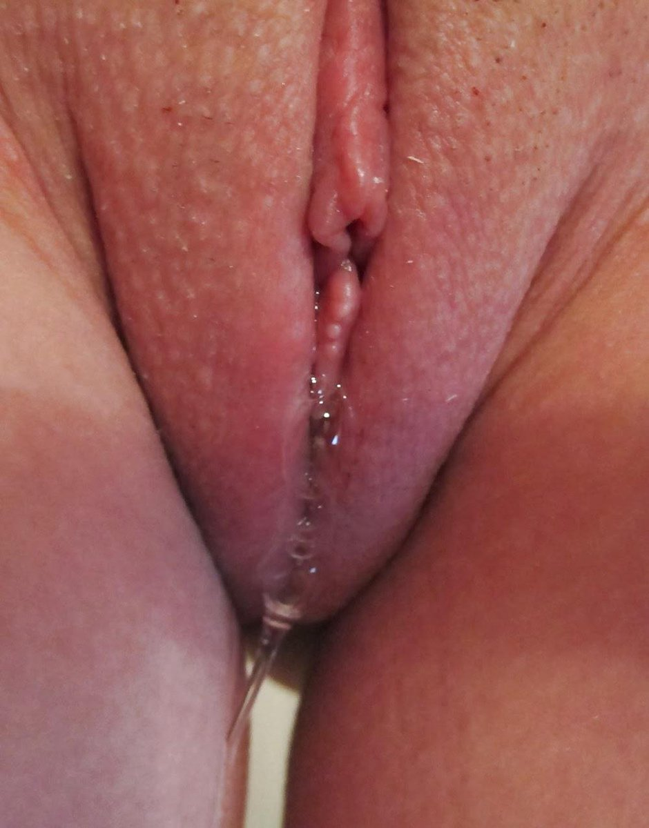 dripping-wet-pussy-video-women-getting-massage-hidden-camera