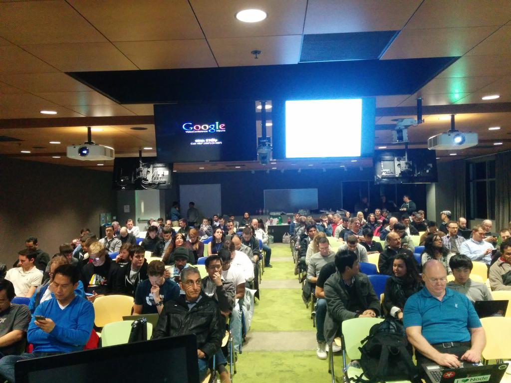 Let's get this started! 200 #JavaScript fans waiting to learn about @meteorjs here at @google http://t.co/otj5raGgHp