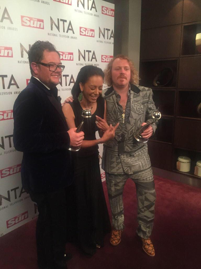 Hey @OfficialMelB love t' see ya! Well done @AlanCarr http://t.co/yswAJGkZKJ