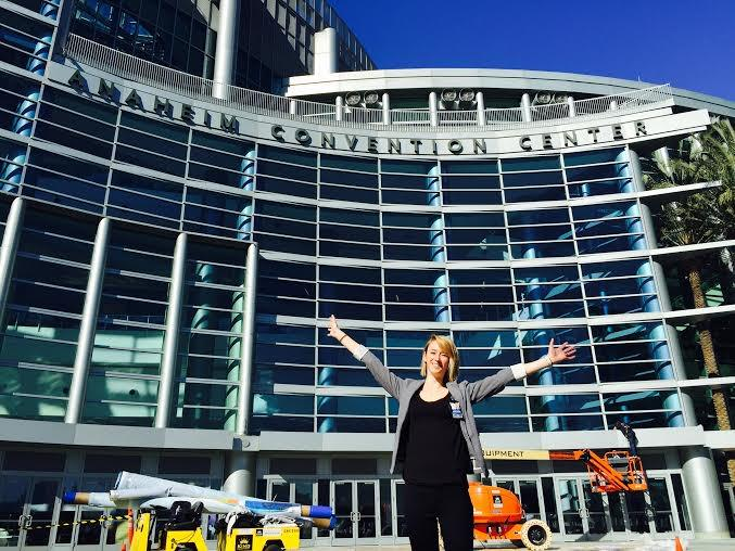 Good morning @NYU! I'm Vicky Schetelich, I work w/ #Aramark at the Anaheim Convention Center as a Catering Mgr http://t.co/CLafyMDF4p