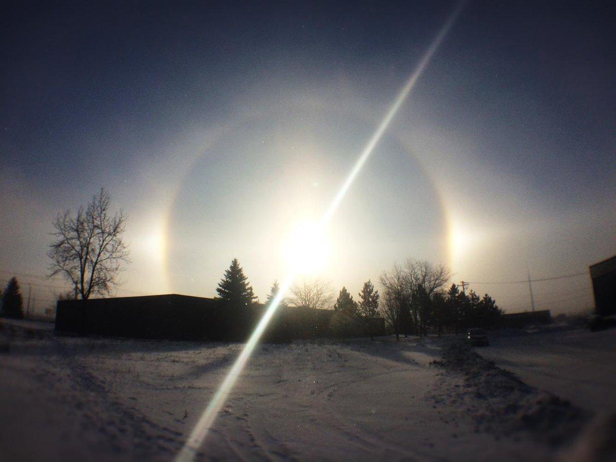 Speechless. Beautiful. #sundog #weather #KWAwesome @CBCKW891 @CTVKitchener http://t.co/b9bwbSoV7W
