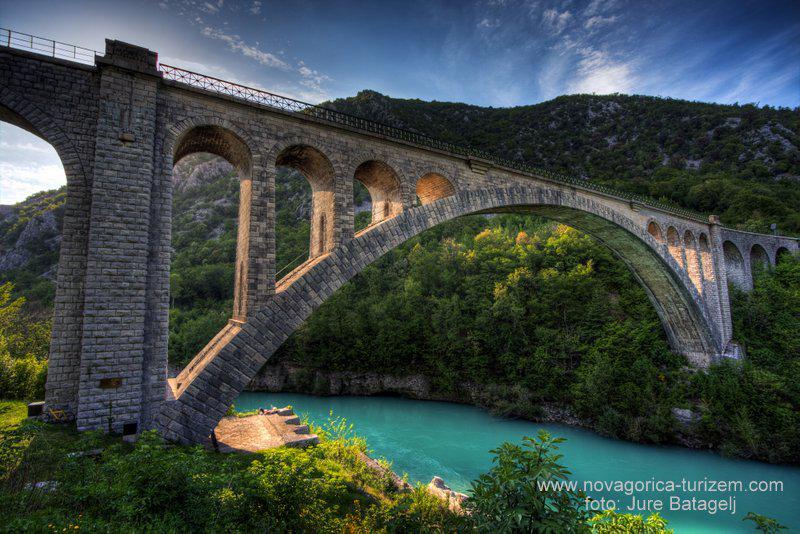 #SolkanskiMost #Solkan #Bridge #Ponte #NovaGOrica #IfeelsLOVEnia http://goo.gl/BJPlvn pic.twitter.com/VBls4wJfp1