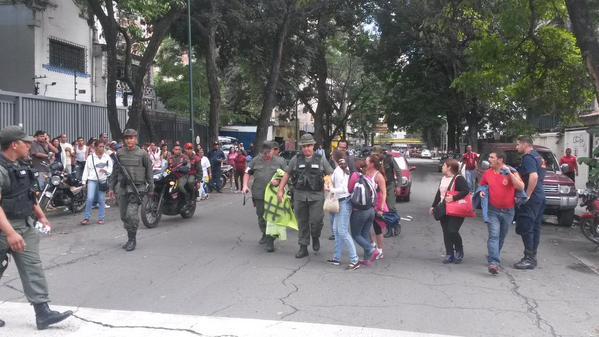 Protestas Enero 2015 - Página 2 B7AiBGDIgAArILy