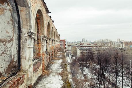 Картинки по запросу больница в центре Екатеринбурга, улица 8 Марта, 78.