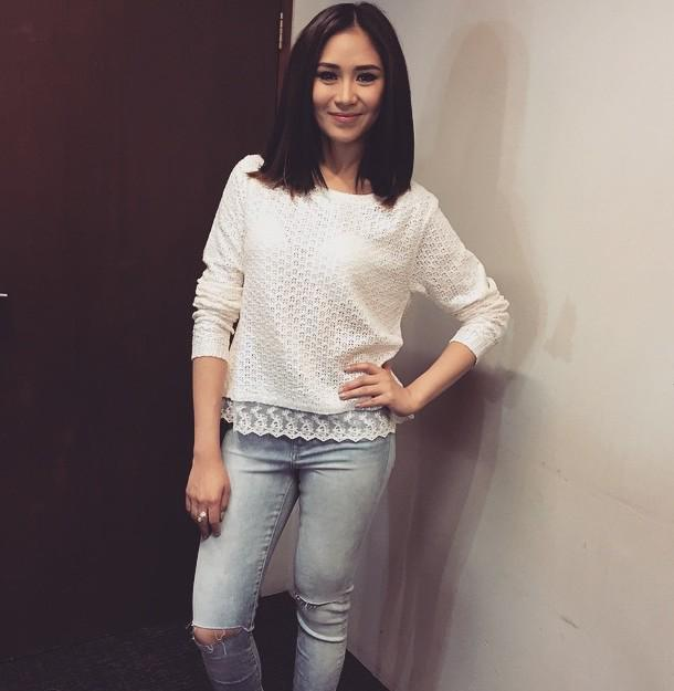 Sarah Geronimo Team on Twitter u0026quot;u0026quot;@noriegee WOW! Sarah G. with that ripped jeans.. Love the ...