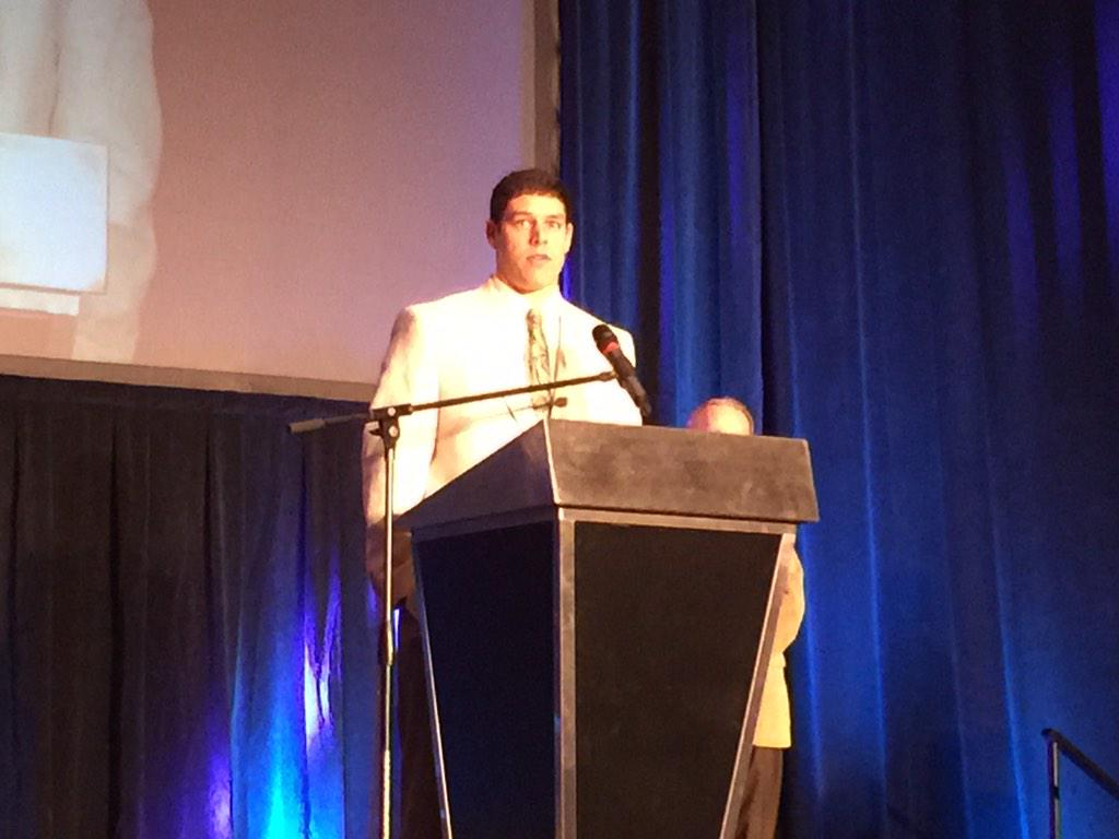 Baylors Bryce Petty wins 12th Annual FCA Bobby Bowden Award this morning http://t.co/mWRGBp3aVd