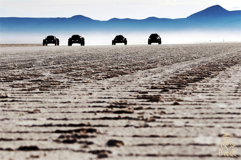 2015 Rallye Raid Dakar Argentina - Bolivia - Chile [4-17 Enero] - Página 9 B7EkLaOIIAE3D5H