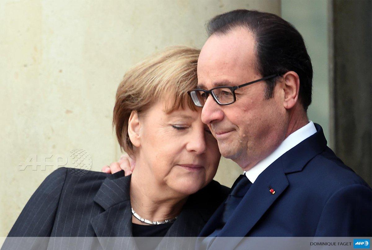 #JeSuisCharlie Merkel & Hollande à l'Elysée #AFP http://t.co/HFlqvKOVX0