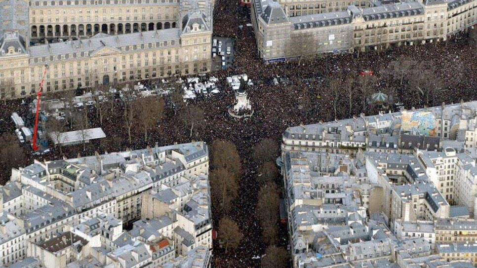 French officials now say 1.3 million at #ParisMarch more than crowd who celebrated liberation in 1944 http://t.co/QKGdyXgpbB