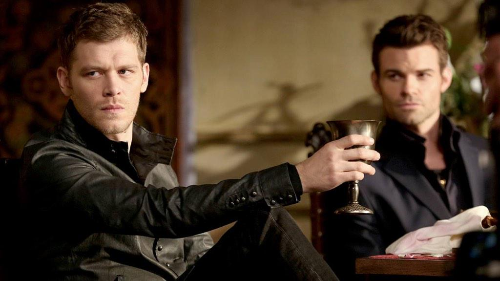 Elijah: It seems we've gotten a season 3, brother  Klaus: Nice. But will there be anyone left to kill? #TheOriginals http://t.co/RgeVjXD0hY