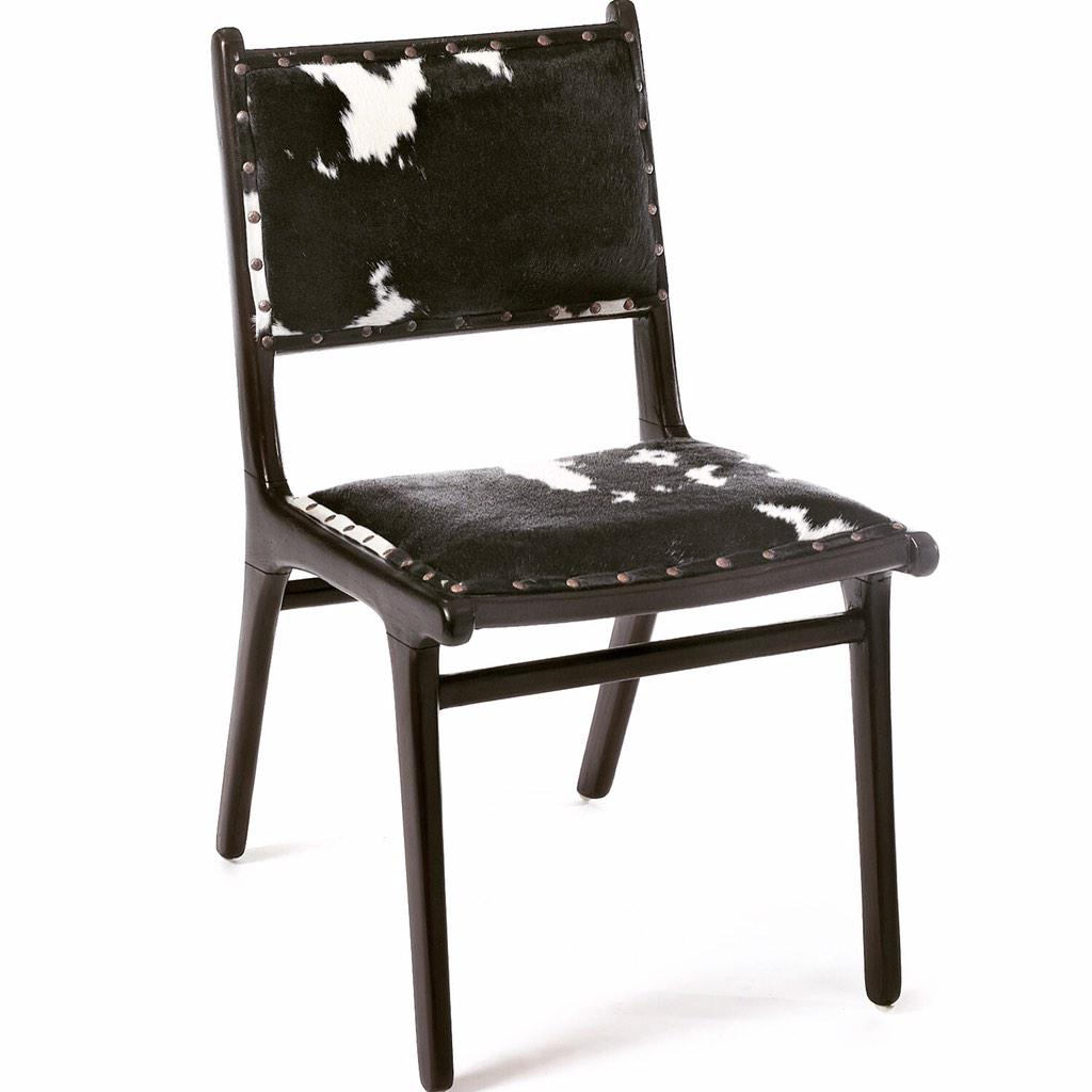 We are in love with these new chairs! #thymetoaccessorize http://t.co/OIaUzID1OE #chair http://t.co/6SjNHsIZ1c