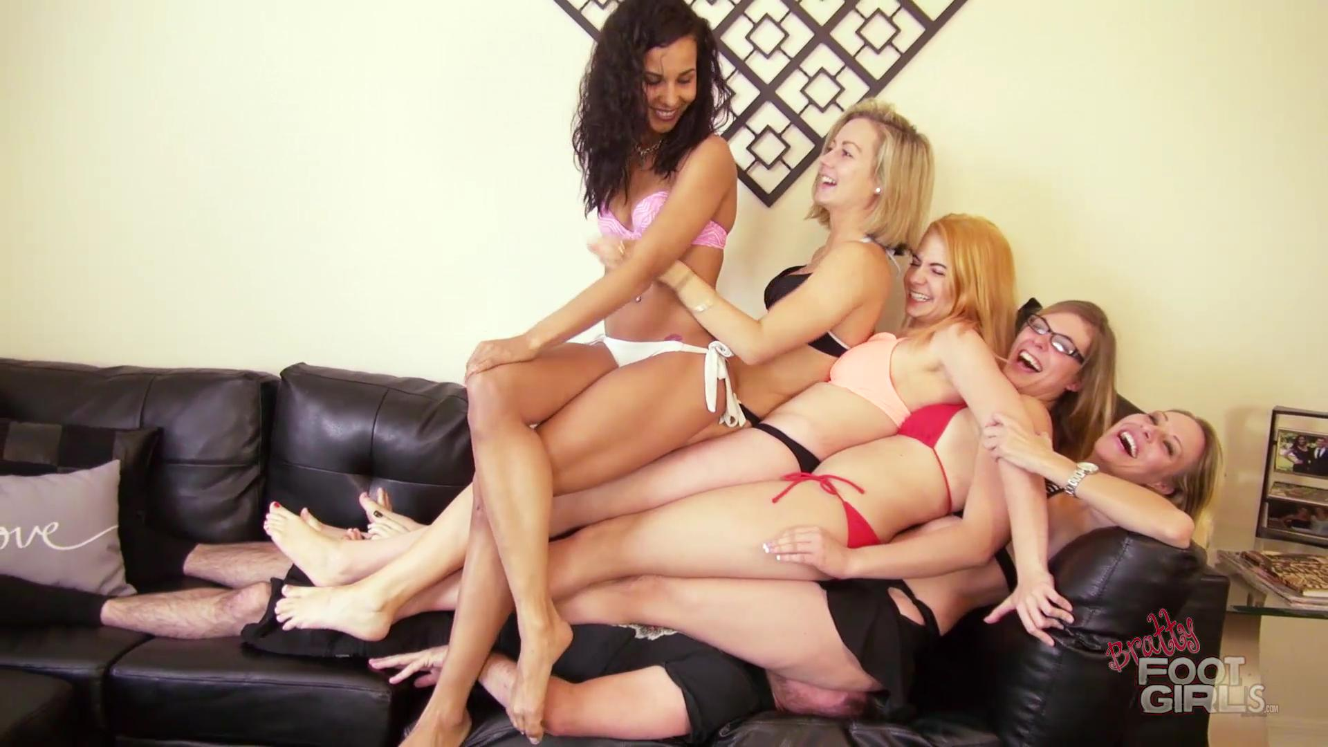 multi-girls-and-a-guy-porn