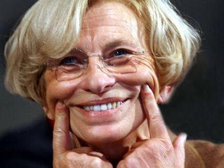 Emma Bonino annuncia in diretta di avere un tumore