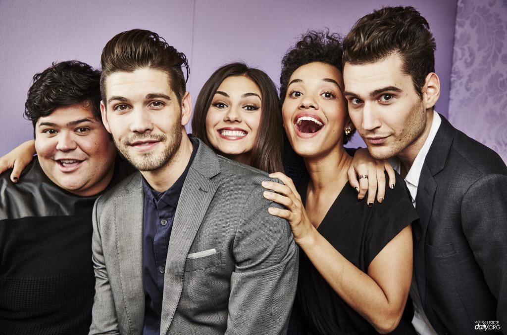 Catch the premiere of @VictoriaJustice's new show 'Eye Candy' tonight at 10/9c on @MTV! http://t.co/MASs95wL3U http://t.co/1vfNjWRFxf