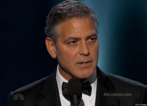 George Clooney revient sur la marche d'hier durant la cérémonie des Golden Globes. http://t.co/tnGFmqz08Q http://t.co/VBwADK9qep