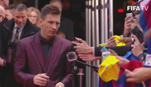 Look Messi Bola de Ouro da FIFA 2014