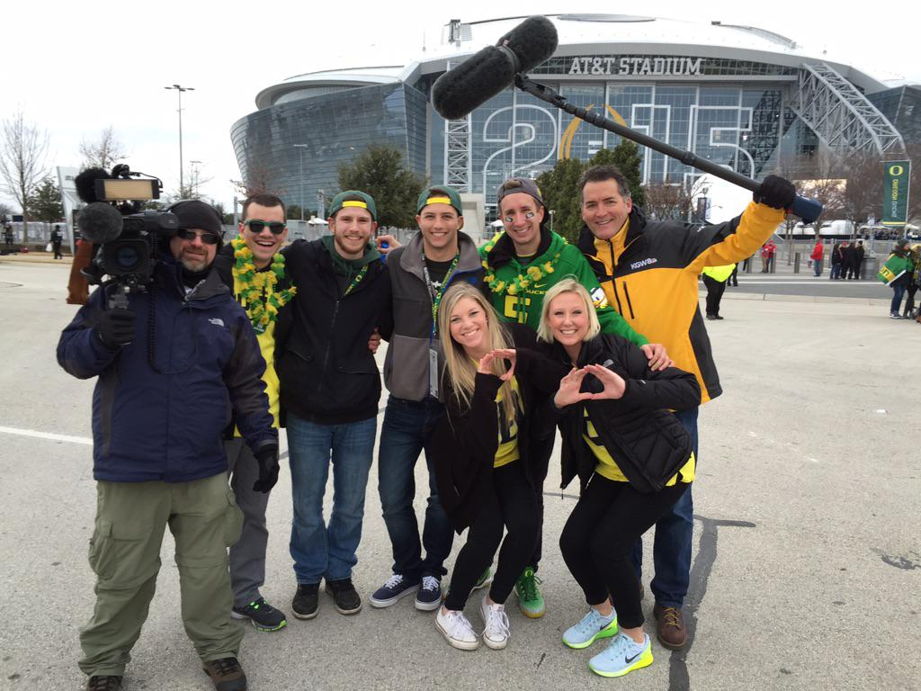 Meet the #livemasfans @kluzzo @itsmeraygrant on @KGWNews who won free tix to natty #goducks