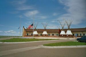 #US: Tribal Council mismanagement. Millions $$ for education missing in reservation @amybrauns http://t.co/SobZCCrBSP http://t.co/3aDPvRWmTt