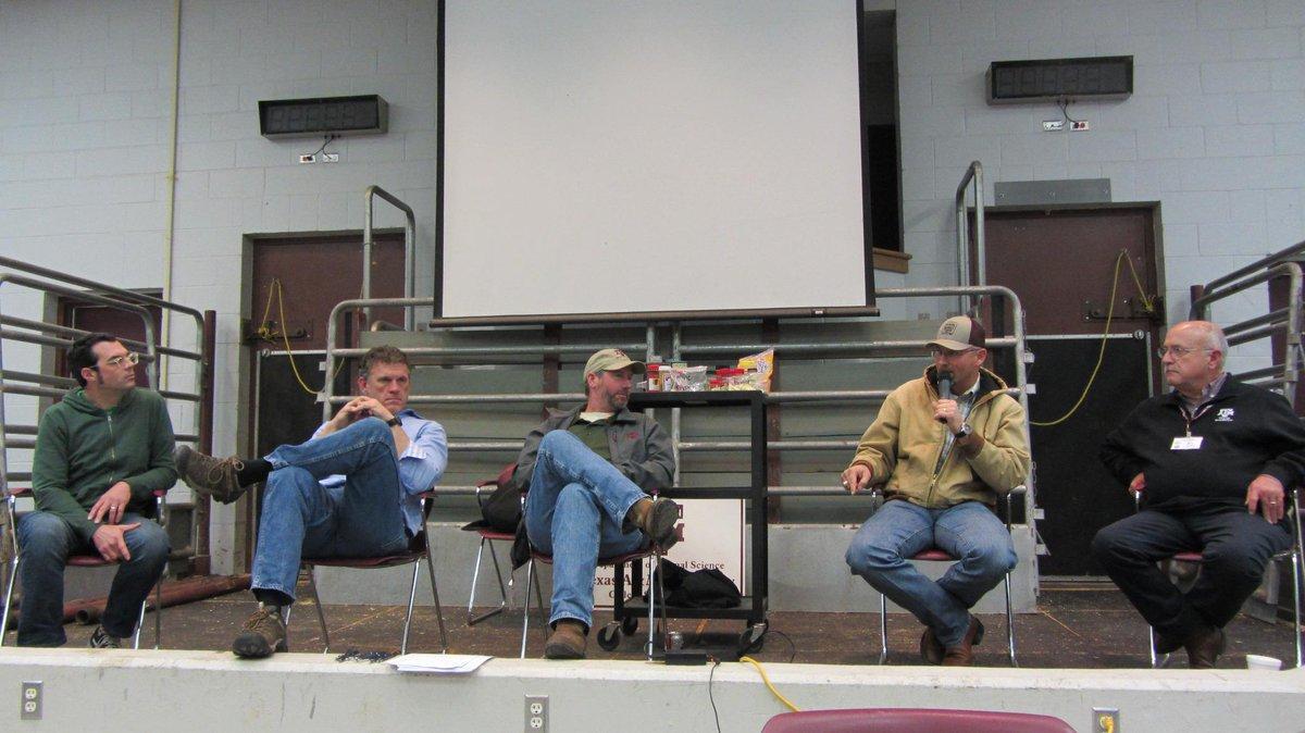 Grt Pit Masters panel @foodwaysTX Camp Brisket @bbqfranklin @LouieMuellerBBQ @ThePigOnVoss Bryan Bracewell @jsavell http://t.co/xwJ6mYQUTN