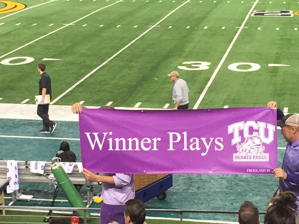 Sporting News Horned Frogs Fans Bring Winner Plays Tcu Banner To